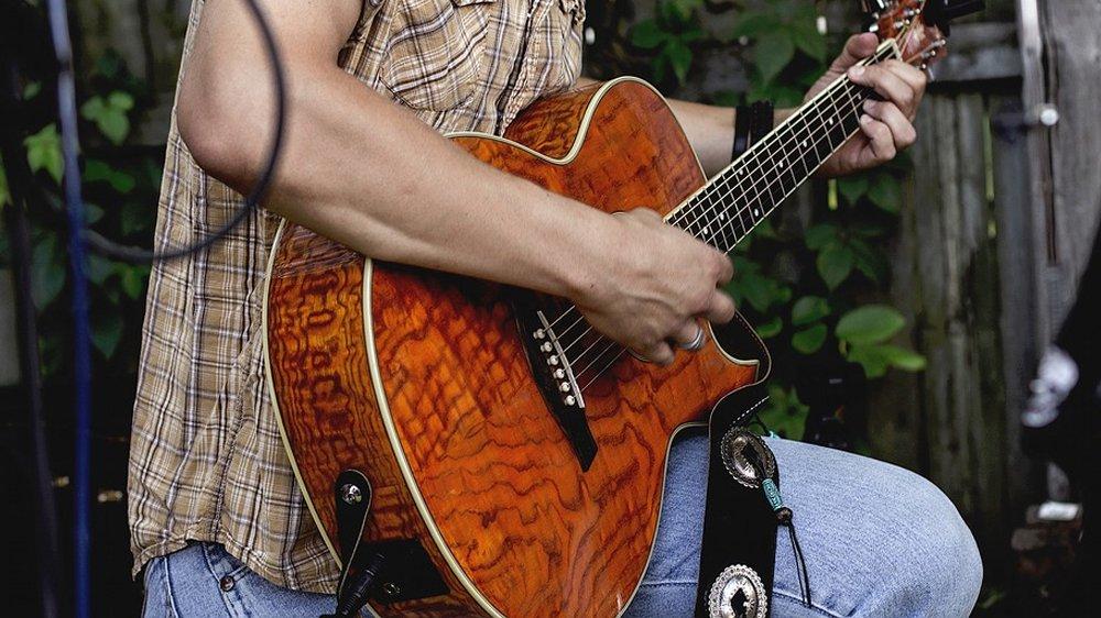 Las 6 mejores guitarras para tocar Fingerstyle